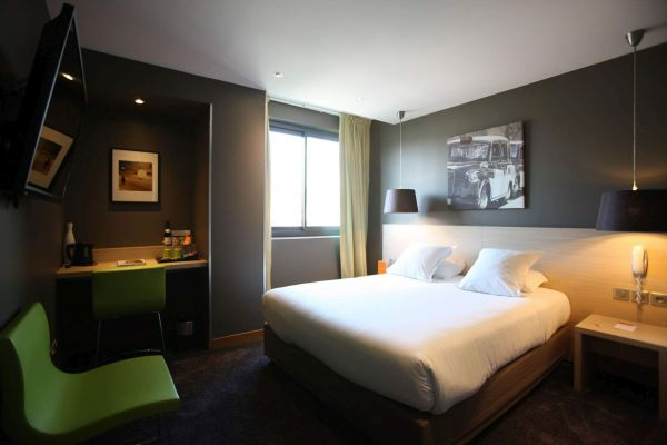 Hotel_de_France_Classic_Zimmer_in_Valence